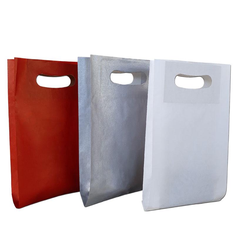 Sacos de papel com pega
